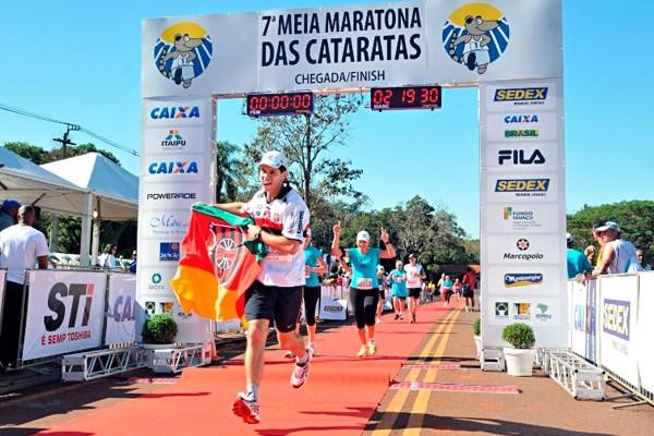 Domingo tem Meia Maratona das Cataratas de graça
