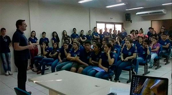 Jovens serão voluntários na 8ª Meia das Cataratas