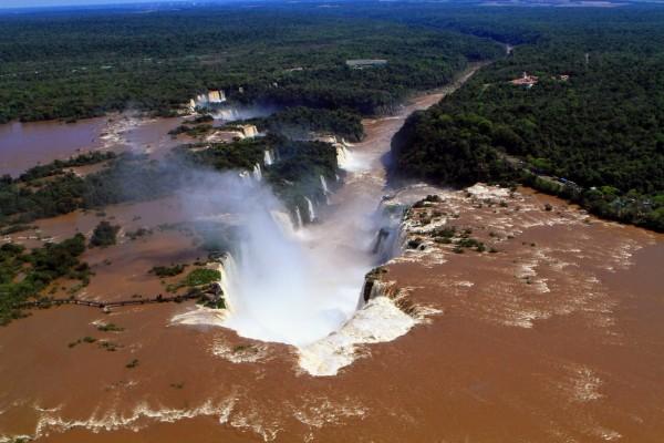 Funcionamento do Parque Nacional do Iguaçu no domingo,10 de junho