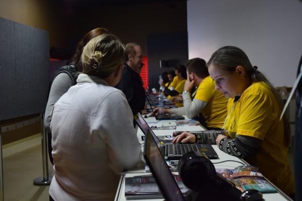 Marco das Três Fronteiras realiza a entrega dos Kits da #MeiaDasCataratas